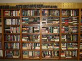 800px-Book_shelves_UWI_Library