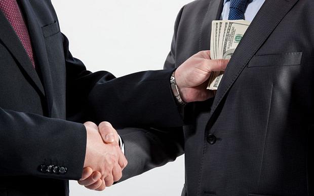 bribery_3124470b