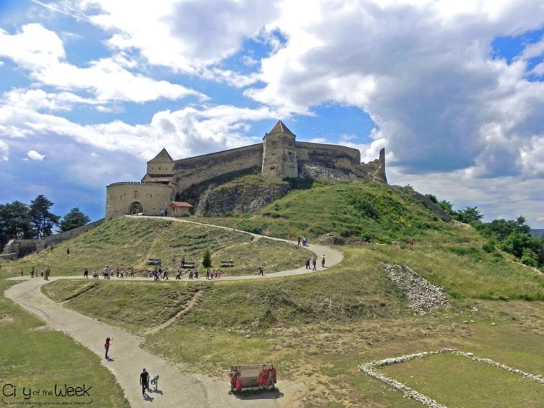 rasnov-fortress-romania-5