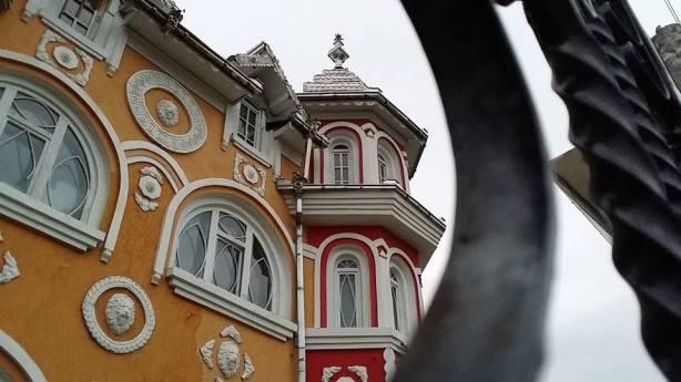 gypsy-palace-decoration-photo