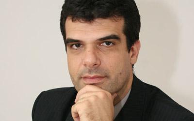 Racist moron Razvan Voncu